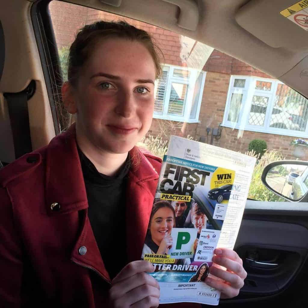 Congratulations to Hannah from Sevenoaks for passing her Driving test with an automatic driving course with Swan Driving School